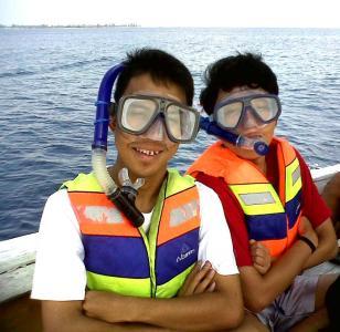 Bersiap snorkling :D